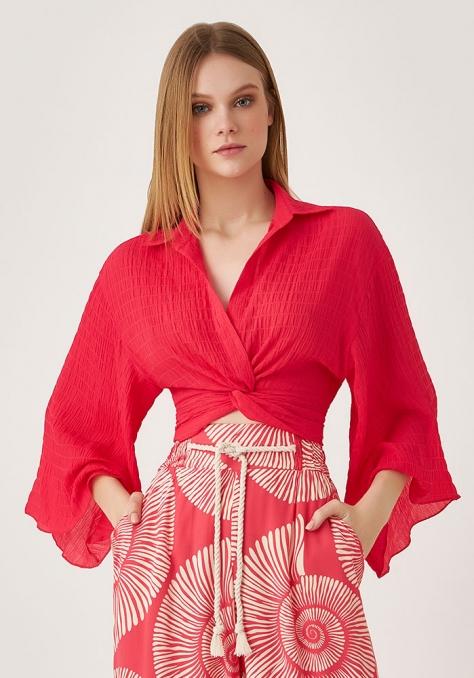 Blusa Cropped Decote Trançado